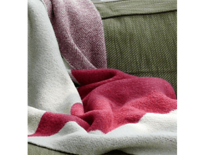 KTD Boucle Throws