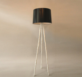 Triplico Floor Lamp featured image test